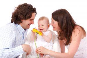 الطريق إلى السعادة الدفء الأسري