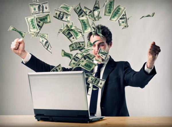 7 طرق رائعة لتحقيق دخل مالي مستمر من خلال الإنترنت